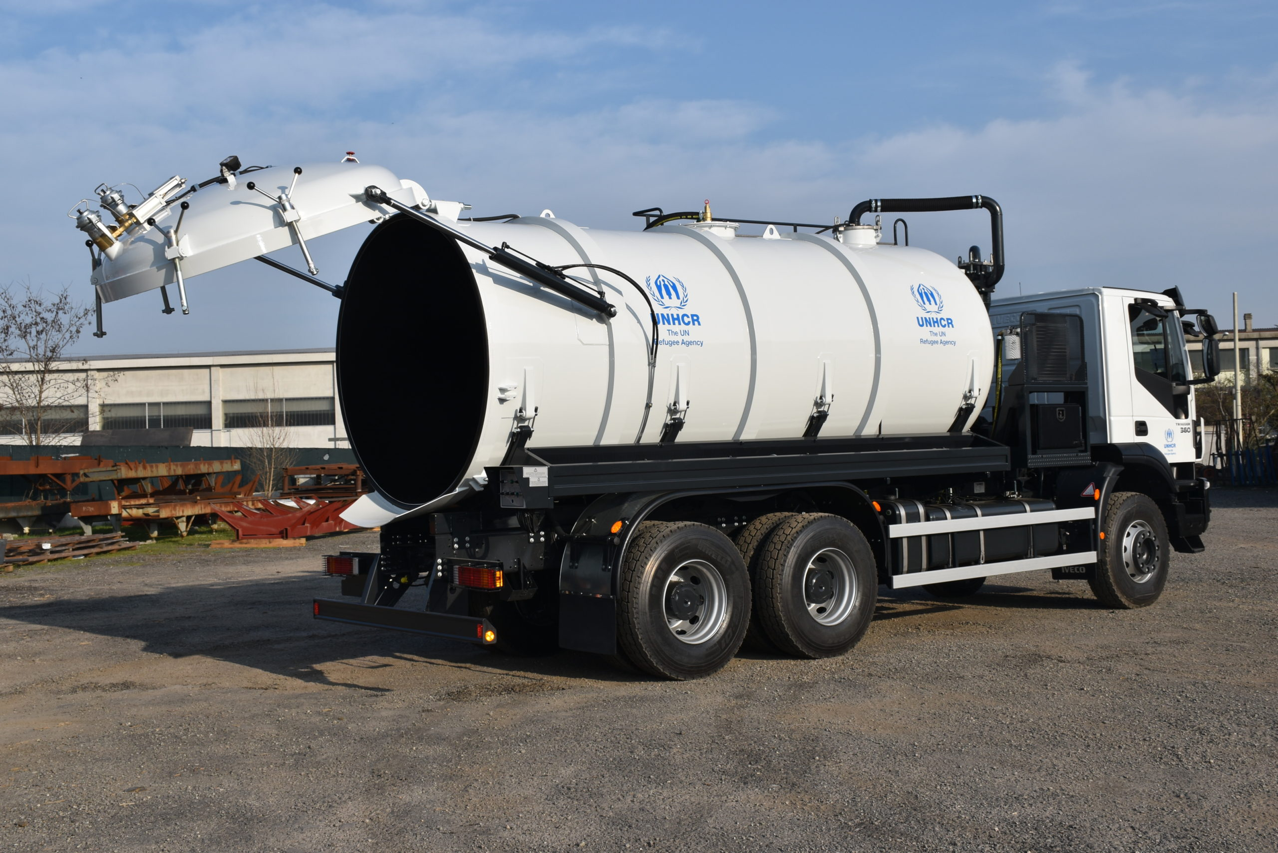 Sewage_tank_for_UNHCR_truck