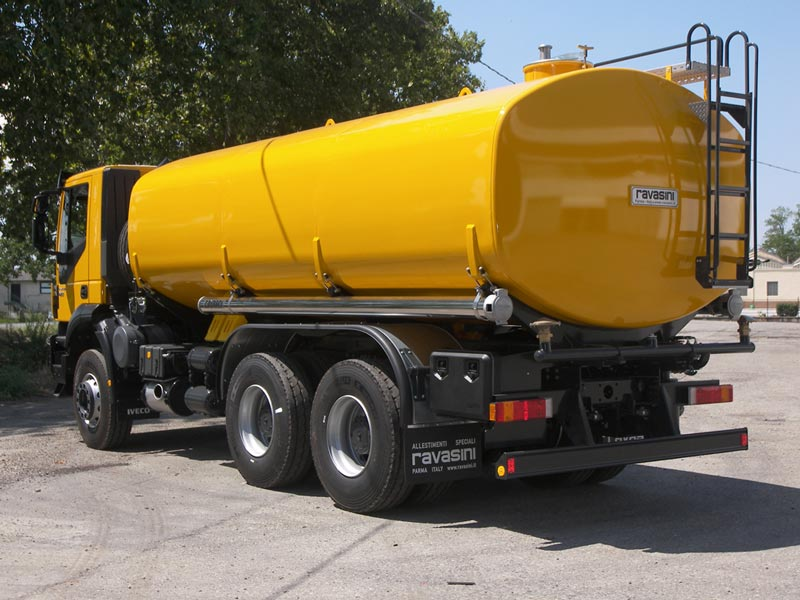 Cisterna trasporto liquidi Ravasini